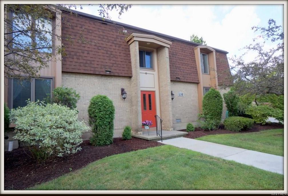 135 Charter Oaks Drive #1, Amherst, NY 14228