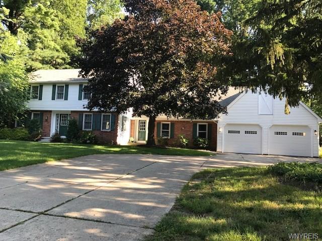 10770 Manor Wood, Clarence, NY 14031