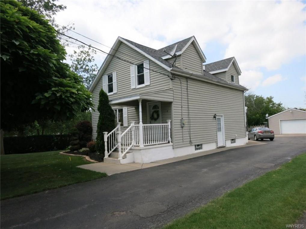 1167 Saunders Settlement Road, Lewiston, NY 14305