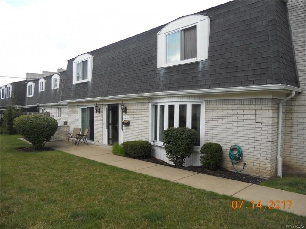 82 Harrogate, Amherst, NY 14221