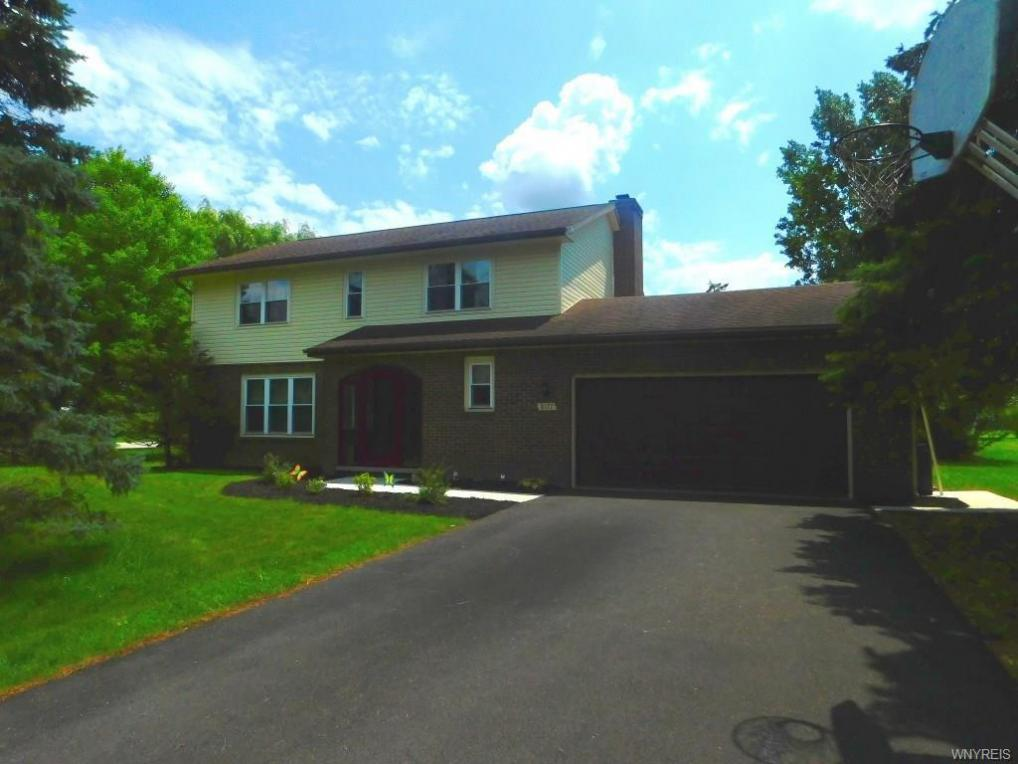 8177 Clarence Center Road, Clarence, NY 14051