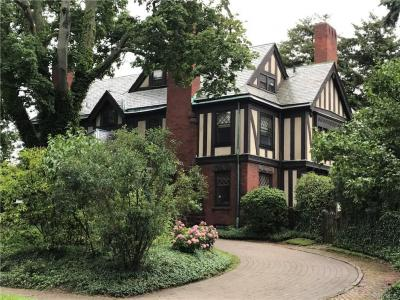 Photo of 17 Tudor Place, Buffalo, NY 14222