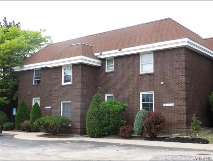 148 Charter Oaks Drive #B, Amherst, NY 14228