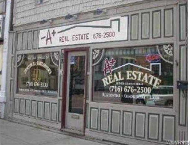 28 North Park Square Street, Franklinville, NY 14737