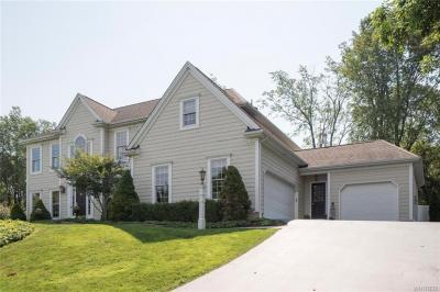Photo of 33 Deer Run, Orchard Park, NY 14127