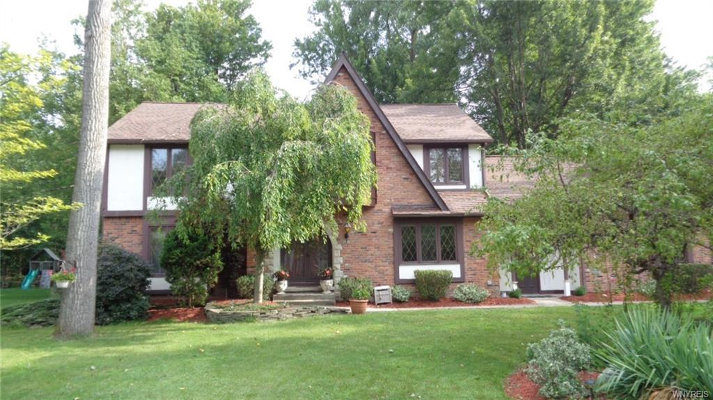 8140 Old Post Road West, Clarence, NY 14051
