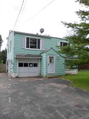 Photo of 7811 East Britton Drive, Niagara, NY 14304