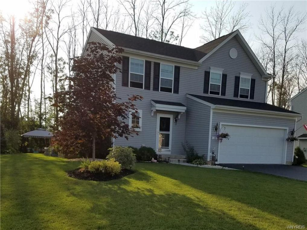18 Waterford Park, Grand Island, NY 14072