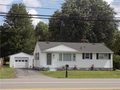 5611 Upper Mountain Road, Lockport Town, NY 14094