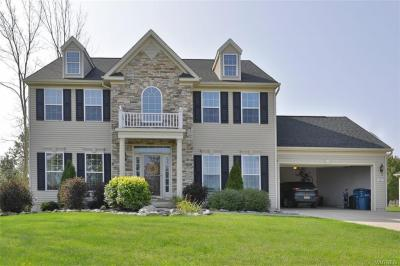 Photo of 287 Waterford Park, Grand Island, NY 14072