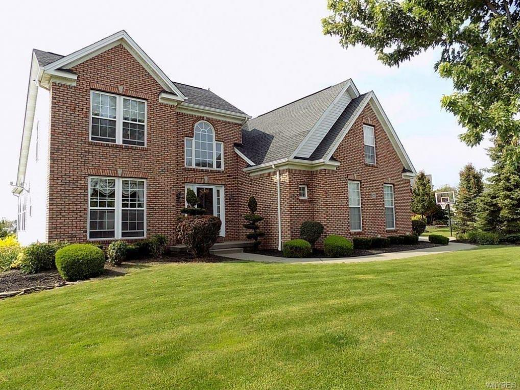 6222 Willow Run Court, Clarence, NY 14051