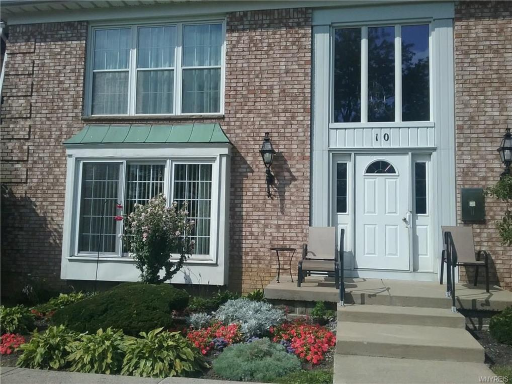 10 Carriage Drive #1, Orchard Park, NY 14127