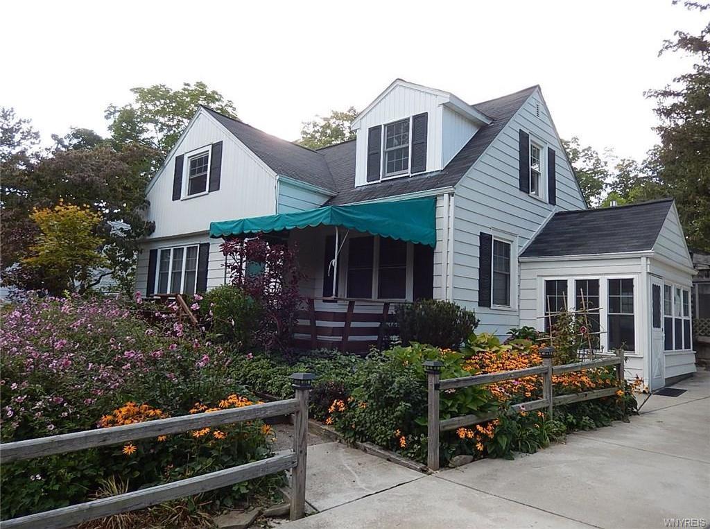 90 Cloverside Drive, West Seneca, NY 14224