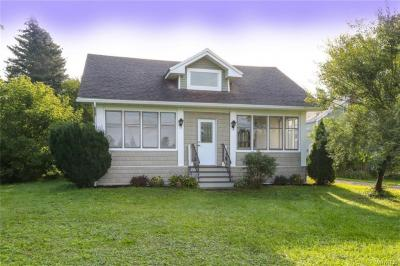 Photo of 1499 Town Line Road, Alden, NY 14004