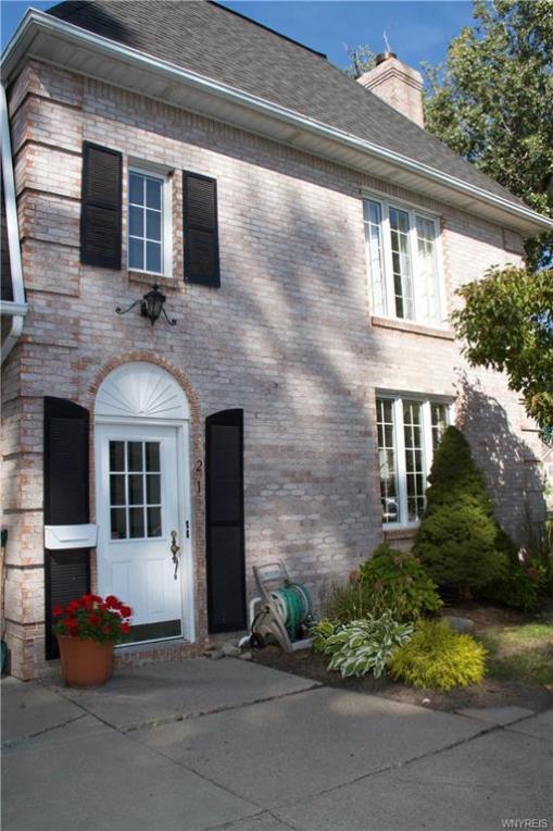 4595 Chestnut Ridge Road #1, Amherst, NY 14228
