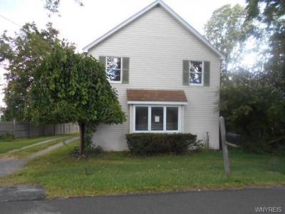 Photo of 4683 East Lake Road, Wilson, NY 14172