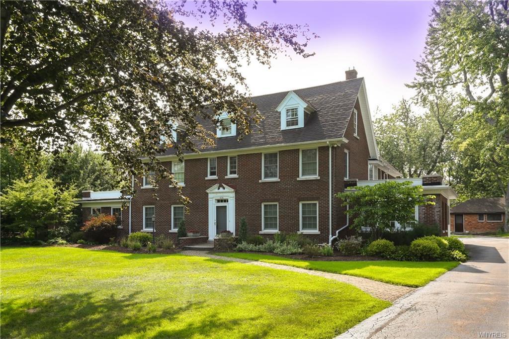636 Lebrun Road, Amherst, NY 14226