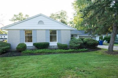 Photo of 27 Exeter Road, Amherst, NY 14221