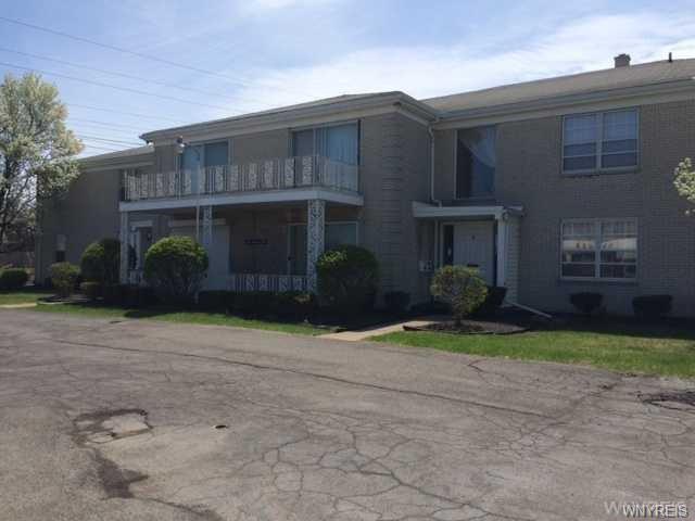 875 Maple Road, Amherst, NY 14221