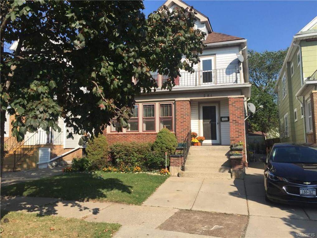 281 Commonwealth Avenue #Upper, Buffalo, NY 14216