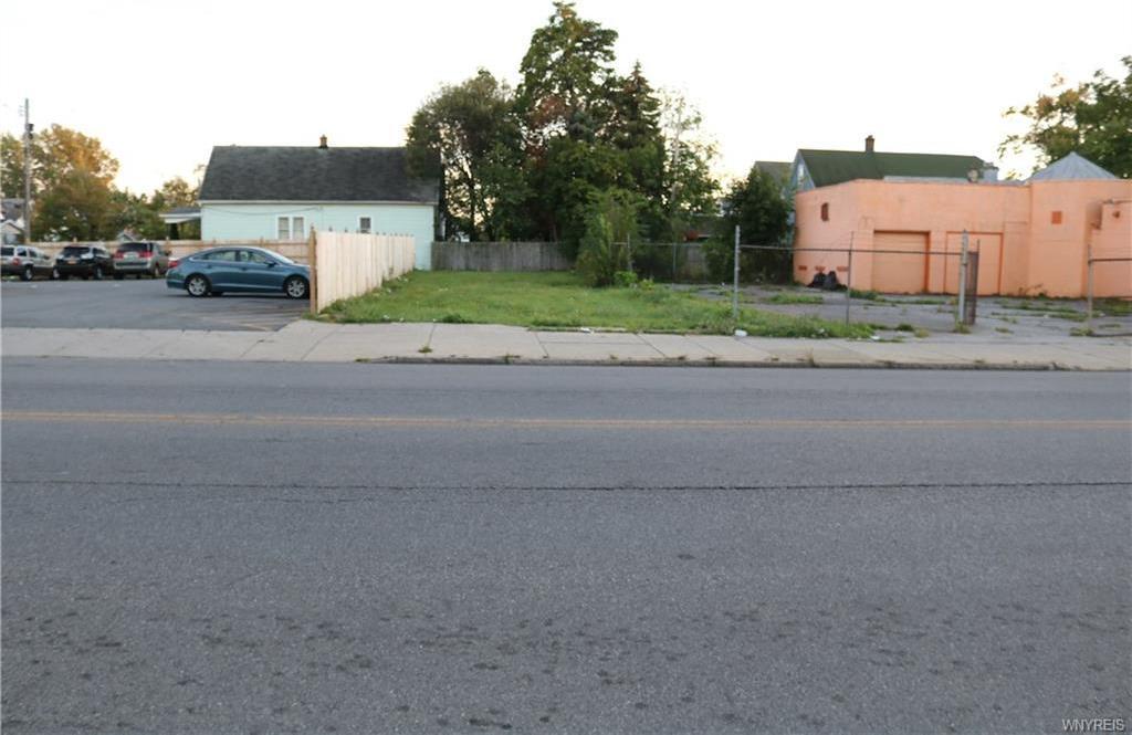 1517 East Delavan Avenue, Buffalo, NY 14215
