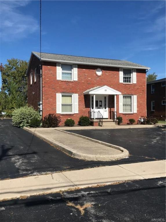 18 Willow Ridge Drive, Amherst, NY 14228