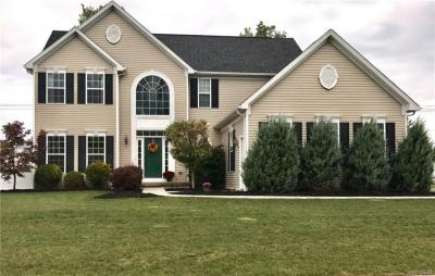 Photo of 71 Waterford Park, Grand Island, NY 14072