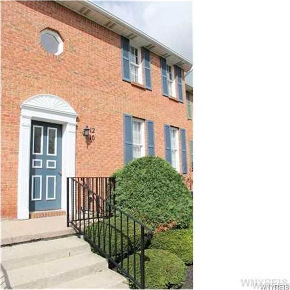 12 Tralee Ter, Amherst, NY 14051