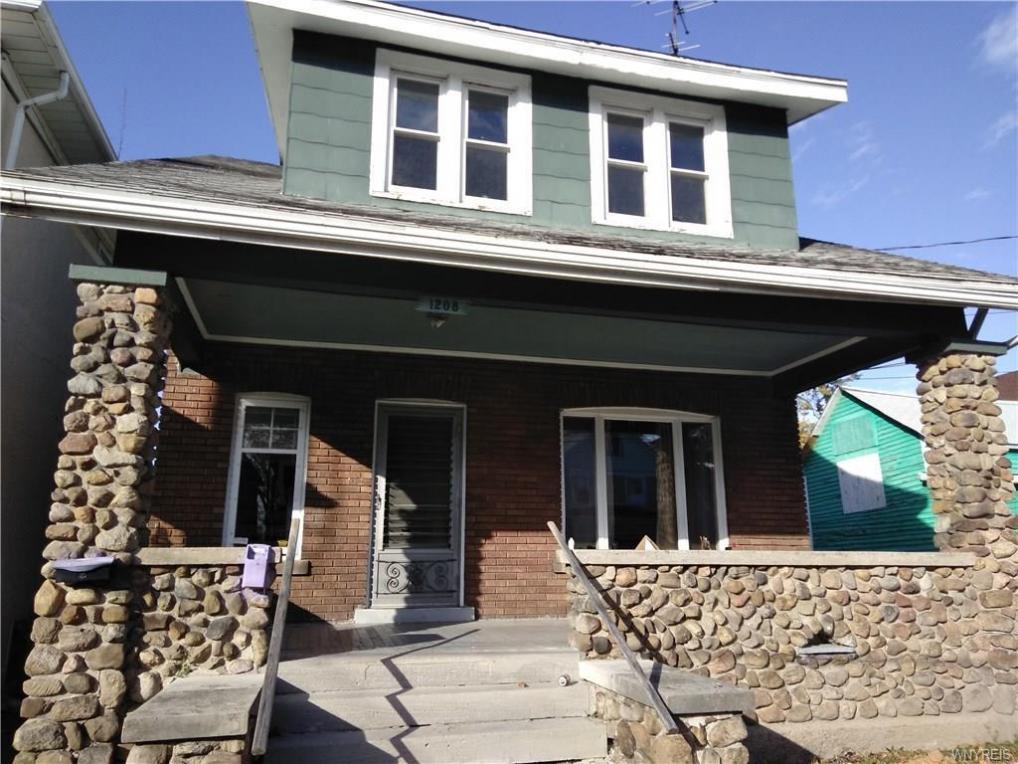 1208 15th Street #Lower, Niagara Falls, NY 14301