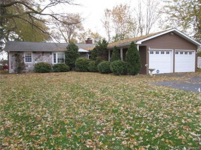 Photo of 3643 East River Road, Grand Island, NY 14072