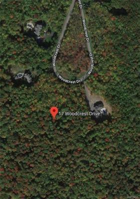 Photo of 17 Woodcrest Drive, Aurora, NY 14052