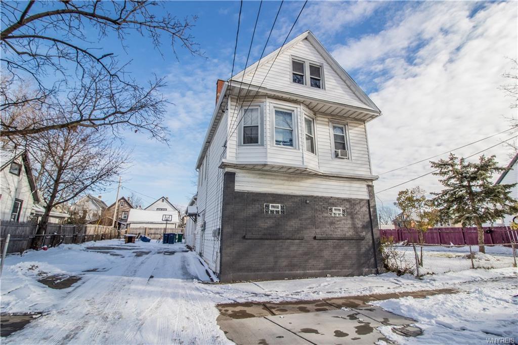 81 Howell Street, Buffalo, NY 14207