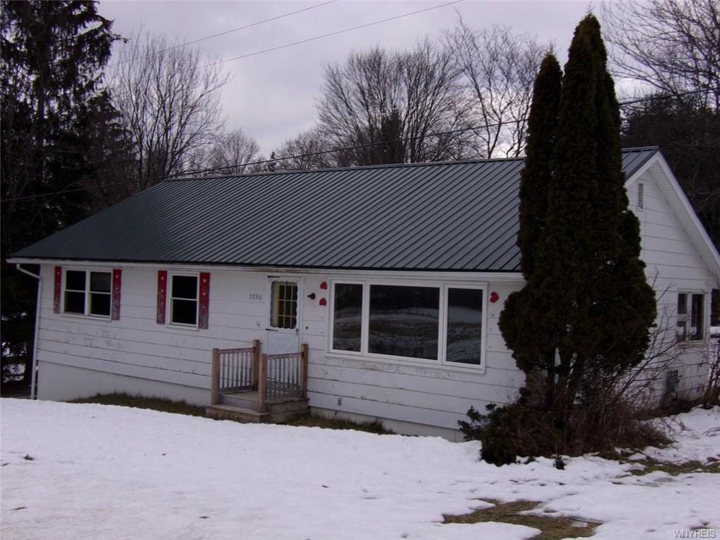 5096 Roszyk Hill Road, Ashford, NY 14101