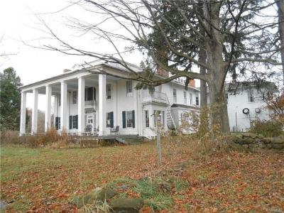 Photo of 890 East Bethany Road, Middlebury, NY 14591