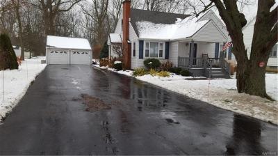 Photo of 6879 Ward Road, Wheatfield, NY 14304