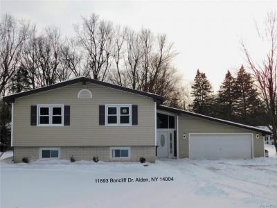 Photo of 11693 Boncliff Drive, Alden, NY 14004