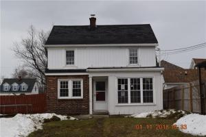 2642 Oakwood Avenue, Hamburg, NY 14075