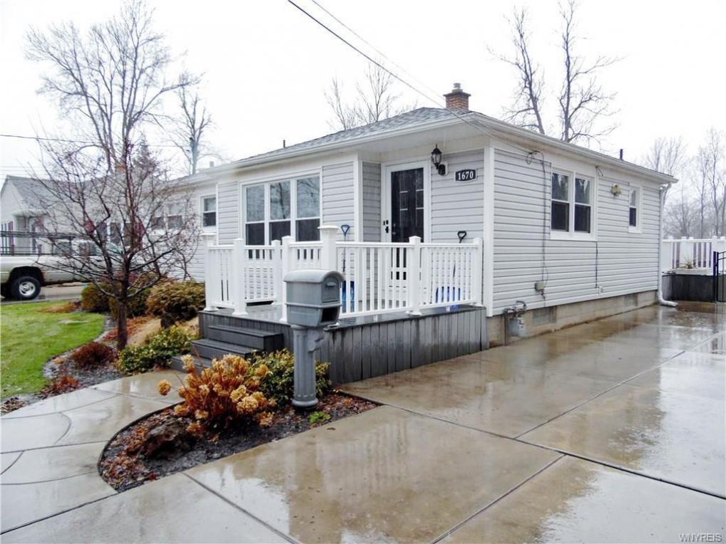 1670 Forbes Street, North Tonawanda, NY 14120
