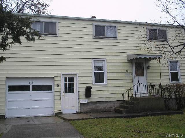 22 Spruce Road, Amherst, NY 14226
