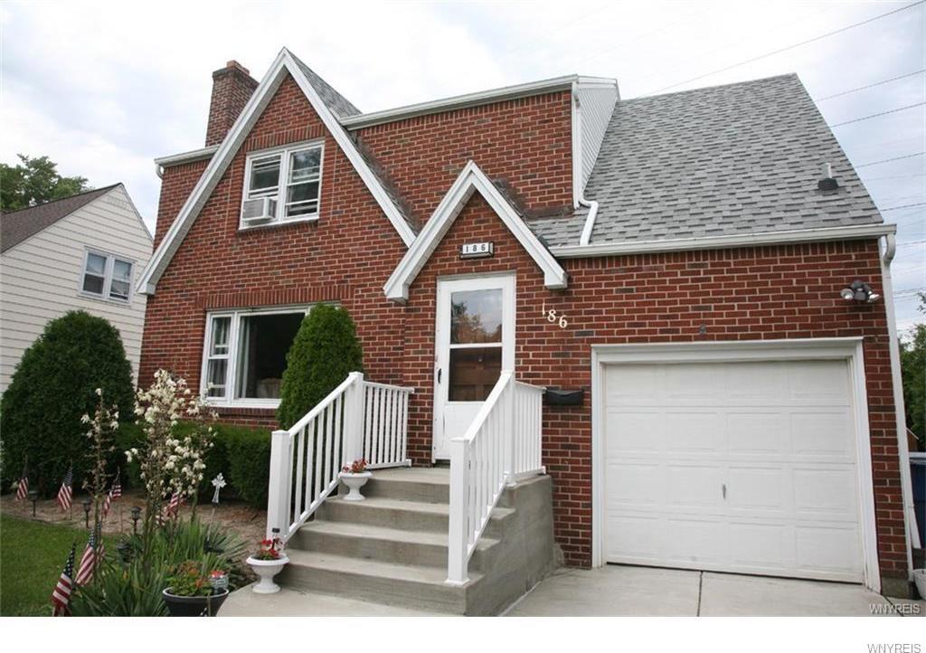 186 Ridgewood Drive, Amherst, NY 14226