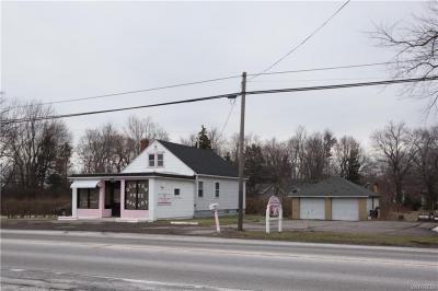 Photo of 1298 Orchard Park Road, West Seneca, NY 14224