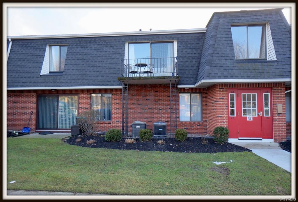 7 Foxberry Drive #B, Amherst, NY 14068