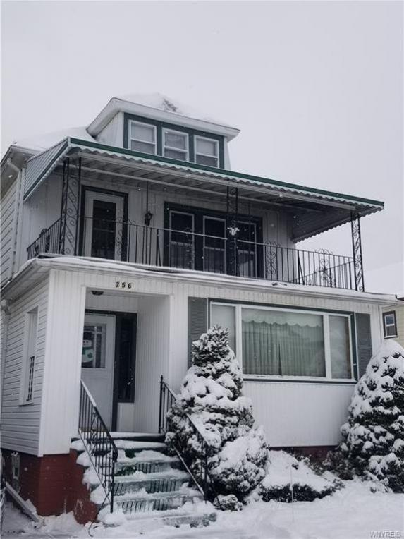 256 Commonwealth- Upper Avenue, Buffalo, NY 14216