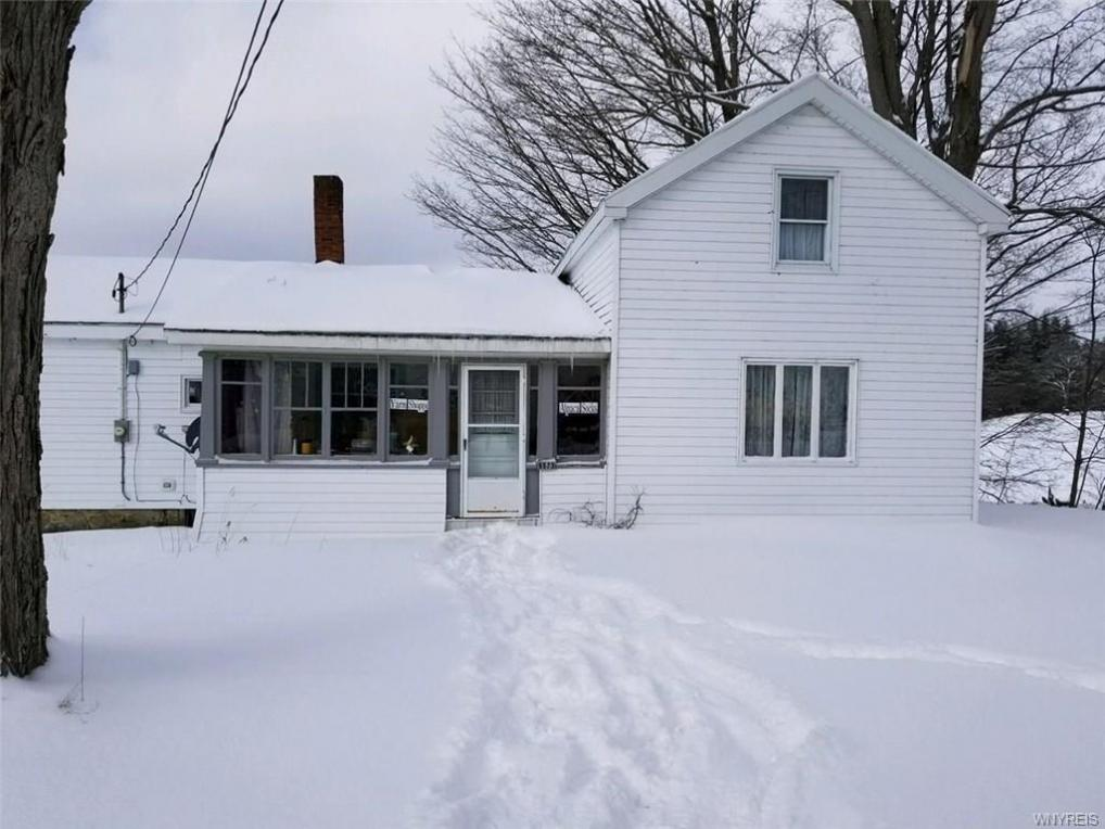9573 Maple Avenue, Machias, NY 14101