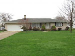 2347 Long Road, Grand Island, NY 14072
