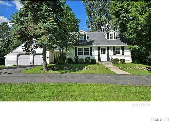 4480 Shimerville Road, Clarence, NY 14031