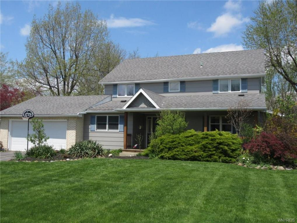 28 Barberry Lane, Amherst, NY 14221