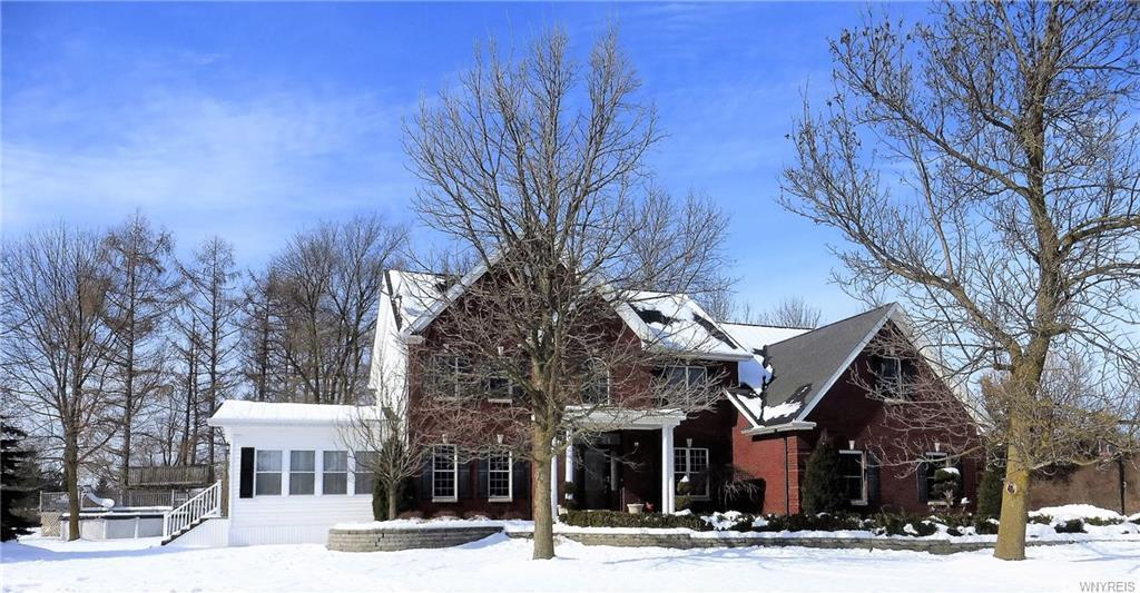 5512 Old Goodrich Road, Clarence, NY 14031