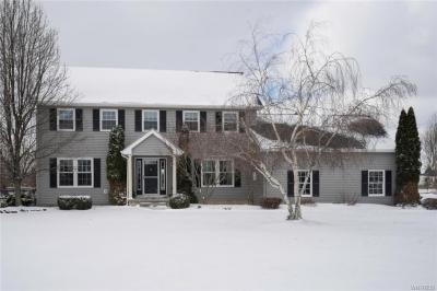 Photo of 5940 Kraus Road, Clarence, NY 14031