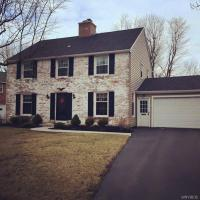 28 Thomas Jefferson Lane, Amherst, NY 14226
